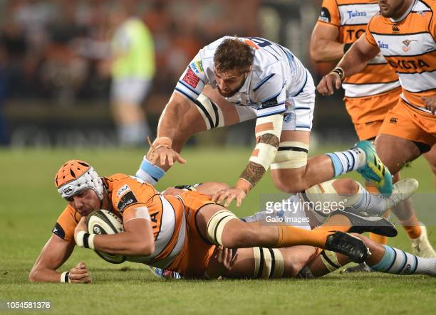 JP du Preez of the Toyota Cheetahs during the Guinness Pro14 match between Toyota Cheetahs and Cardiff Blues at Toyota Stadium on October 27 2018 in...