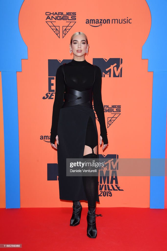 MTV EMAs 2019 - Red Carpet Arrivals : Fotografía de noticias