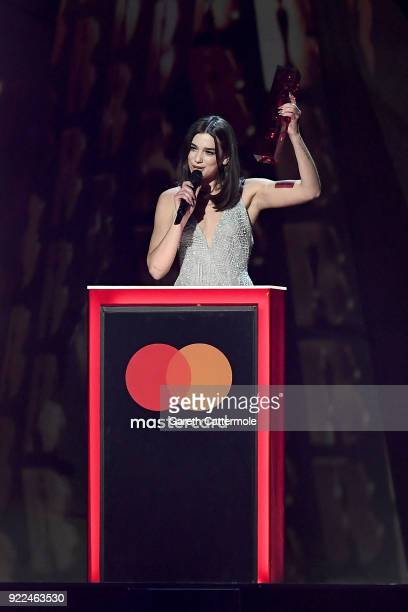 AWARDS 2018 *** Dua Lipa winner of the British Female award on stage at The BRIT Awards 2018 held at The O2 Arena on February 21 2018 in London...