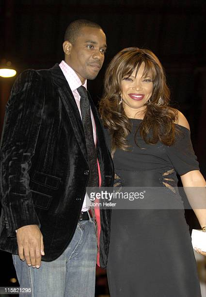 "Duane Martin and Tisha Campbell-Martin during Ryan Seacrest and Tisha Campbell-Martin to Receive Divine Design ""Man and Woman of Style"" Awards at..."