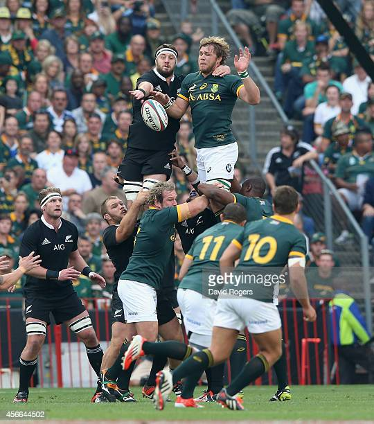 Duane Vermeulen of South Africa is challenged by Jeremy Thrush in the lineout during the Rugby Championship match between the South African...