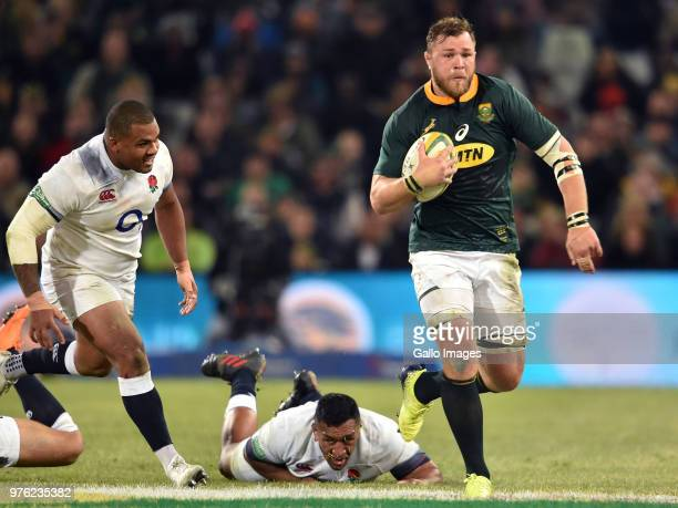 Duane Vermeulen of the Springboks makes a break during the 2018 Castle Lager Incoming Series match between South Africa and England at Toyota Stadium...