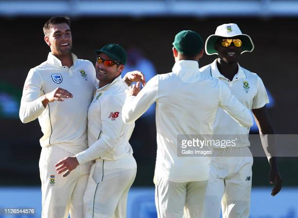 Duanne Olivier and team mates of South Africa celebrate the wicket of Kusal Mendis of Sri Lanka during day 1 of the 2nd Castle Lager Test match...