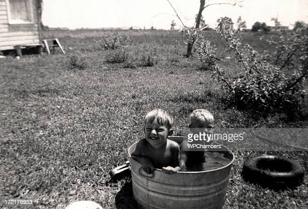 dub dub in a tub - photograph stock pictures, royalty-free photos & images