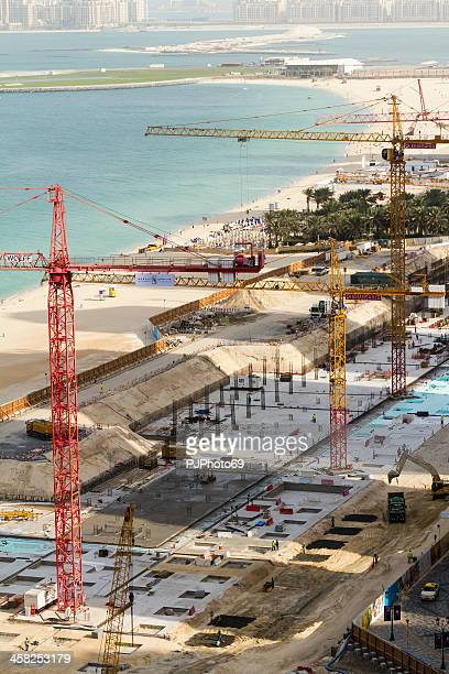 dubai - a construction site at jumeirah beach the walk - pjphoto69 stock pictures, royalty-free photos & images