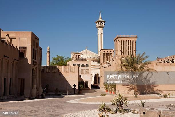 uae, dubai, al bastakiya district with bastakiya mosque - old town stock pictures, royalty-free photos & images