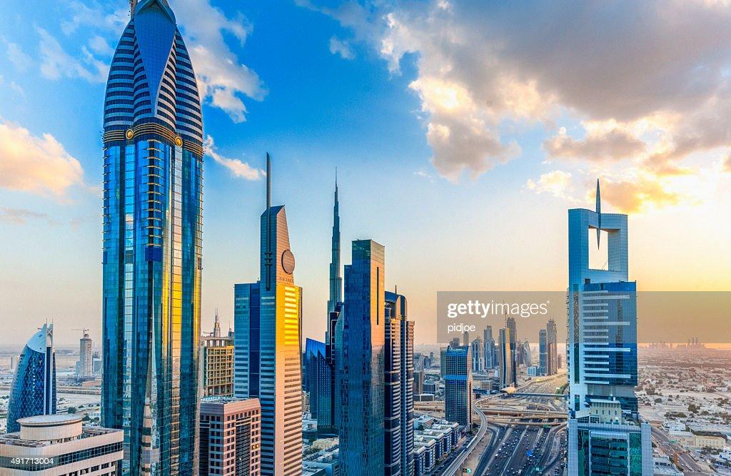 Dubai al atardecer : Foto de stock