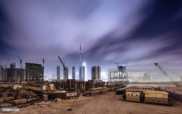 Dubai building lot with skyline