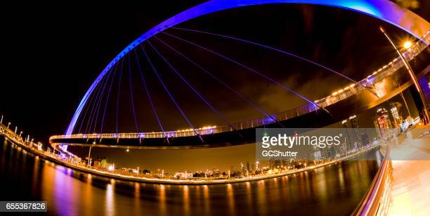 dubai canal - an engineering marvel. - canal stock pictures, royalty-free photos & images