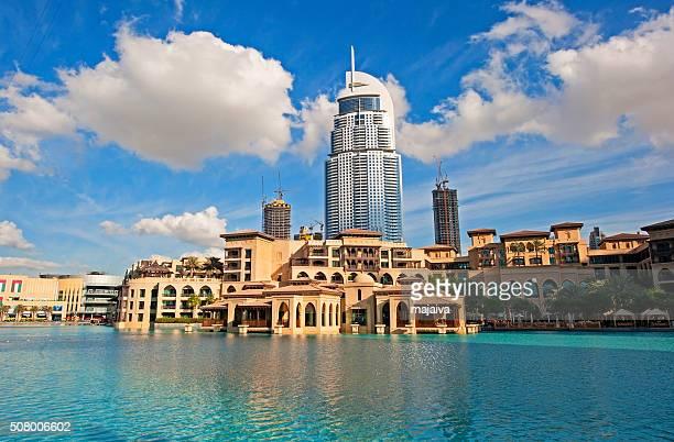 Dubai downtown promenade