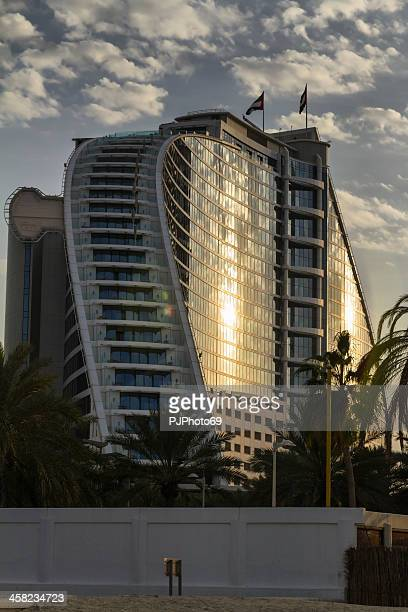 dubai - jumeirah hotel in cloud day - pjphoto69 stock pictures, royalty-free photos & images