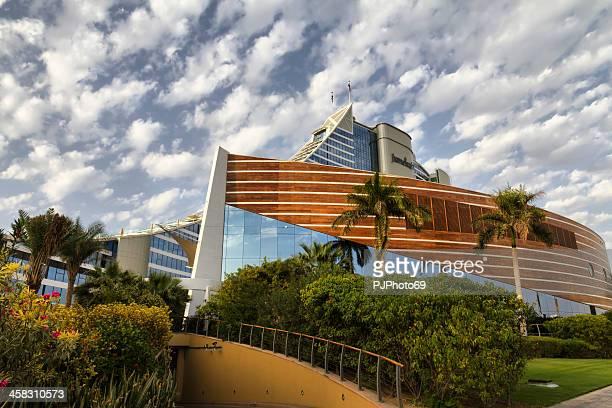 Dubai - Jumeirah Hotel in cloud day