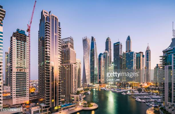 dubai marina district cityscape - tower stock pictures, royalty-free photos & images