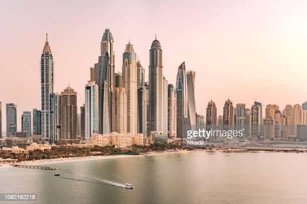 dubai marina skyscraper - dubai stock pictures, royalty-free photos & images