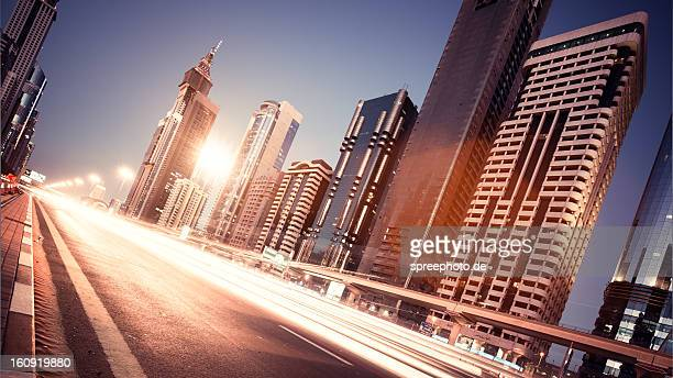 Dubai Sheikh zayed road traffic lightstream