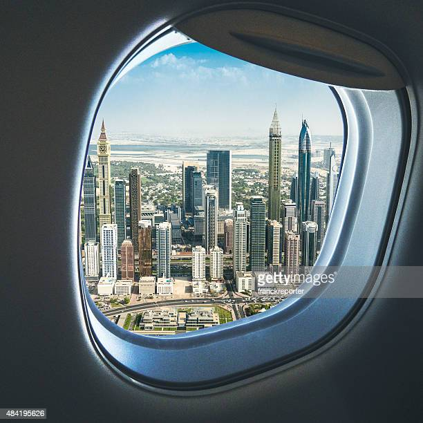 Panorama urbain de Dubaï depuis l'avion