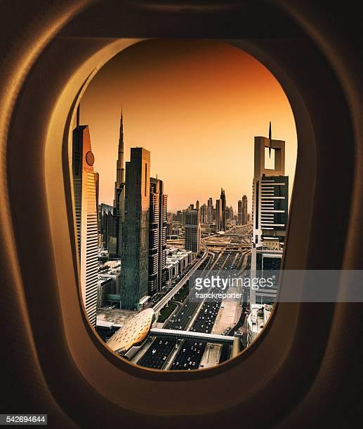 skyline von dubai aus dem Flugzeug