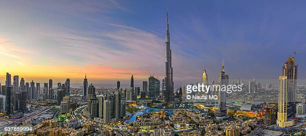 dubai skyline panorama - financial district stock pictures, royalty-free photos & images