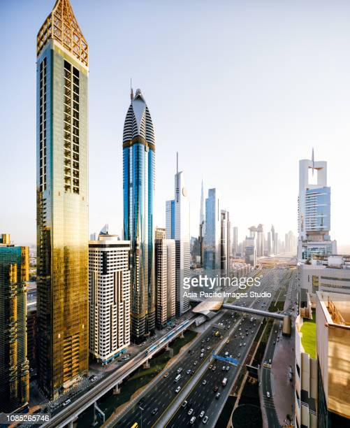 dubai skyline - the natural world stock pictures, royalty-free photos & images