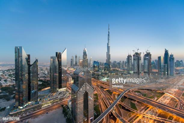 dubai skyline - financial district stock pictures, royalty-free photos & images
