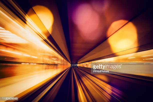 dubai speed motion - image focus technique stock pictures, royalty-free photos & images
