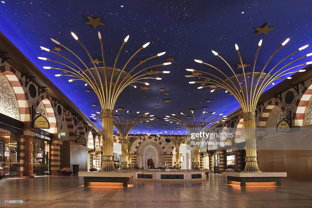 Dubai, The Dubai Shopping Mall : Stock Photo