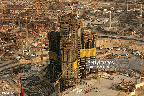A general view shows 29 January 2006 construction work at the site of Emaar's main project the Burj Dubai tower in the heart of the Gulf emirate When...