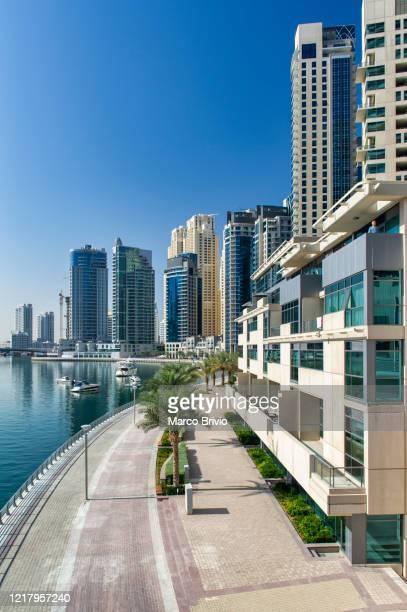dubai. united arab emirates. residential district ad dubai marina - marco brivio stock pictures, royalty-free photos & images