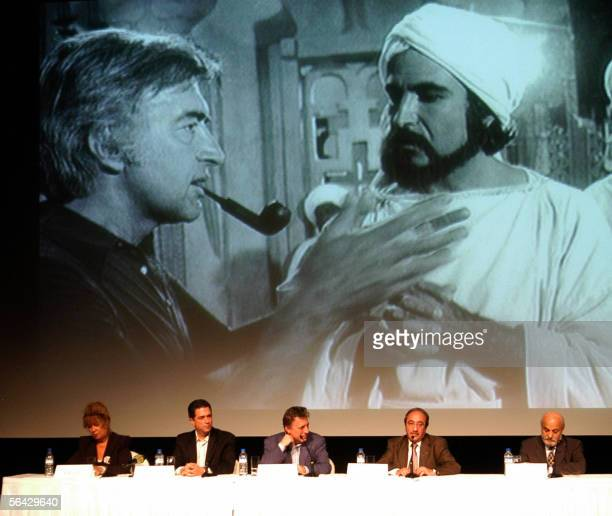 Syrian actors and friends of late USSyrian film director Mustafa Akkad attend 14 December 2005 in Dubai a tribute organized the Gulf emirate's second...
