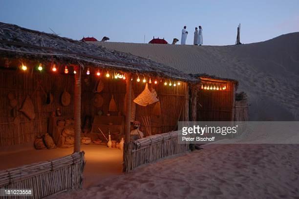 Dubai Vereinigte Arabische Emirate VAE Mittlerer Osten Asien Wüste Wüstensafari Wüstencamp bei Nacht Nachtaufnahme Reise 362003