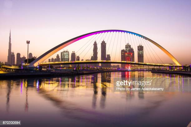 dubai water canal - canal stock pictures, royalty-free photos & images