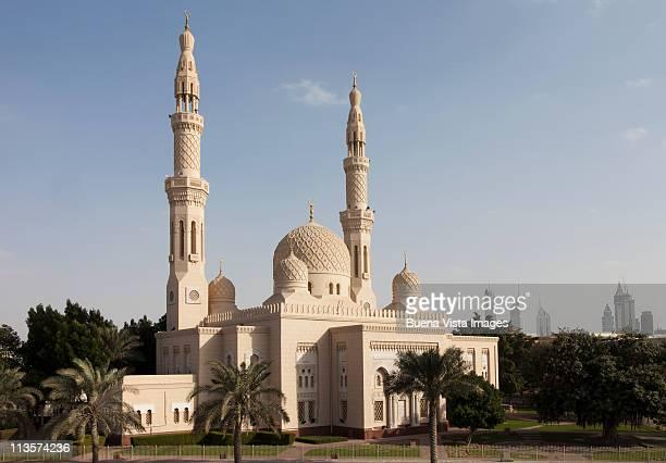 dubai,the  jumeirah mosque - minaret stock pictures, royalty-free photos & images