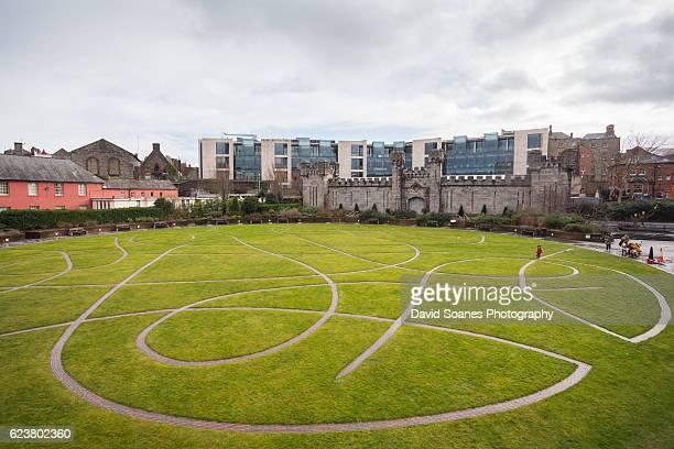 dubh linn gardens, dublin castle, dublin, ireland - dublin castle dublin stock pictures, royalty-free photos & images