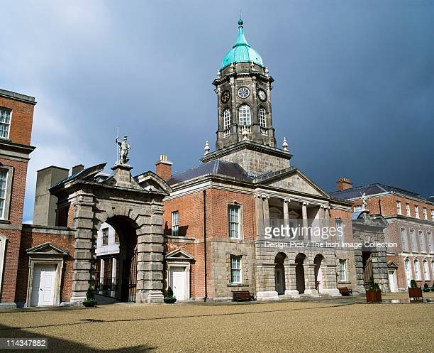 dublin castle, dublin, ireland - dublin castle dublin stock pictures, royalty-free photos & images