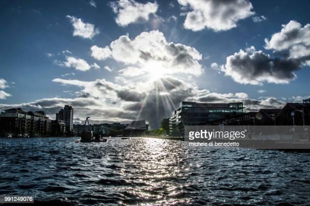 dublin, gran canal - benedetto photos et images de collection