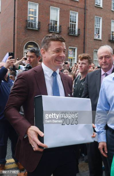 Dublin Ireland 1 June 2017 Bid ambassador Brian ODriscoll arrives to hand in the IRFU Rugby bid submission for the 2023 Rugby World Cup to Brett...