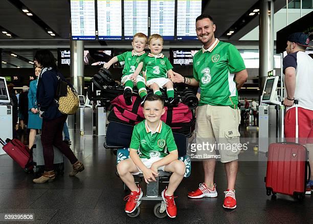 Dublin Ireland 11 June 2016 Republic of Ireland supporters Derek Merriman and his three sons from left Riley Merriman age 4 Bobby Merriman age 2 and...