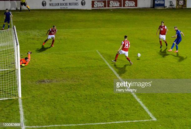 Dublin , Ireland - 14 February 2020; Kevin OConnor of Waterford shoots to score his side's first goal during the SSE Airtricity League Premier...