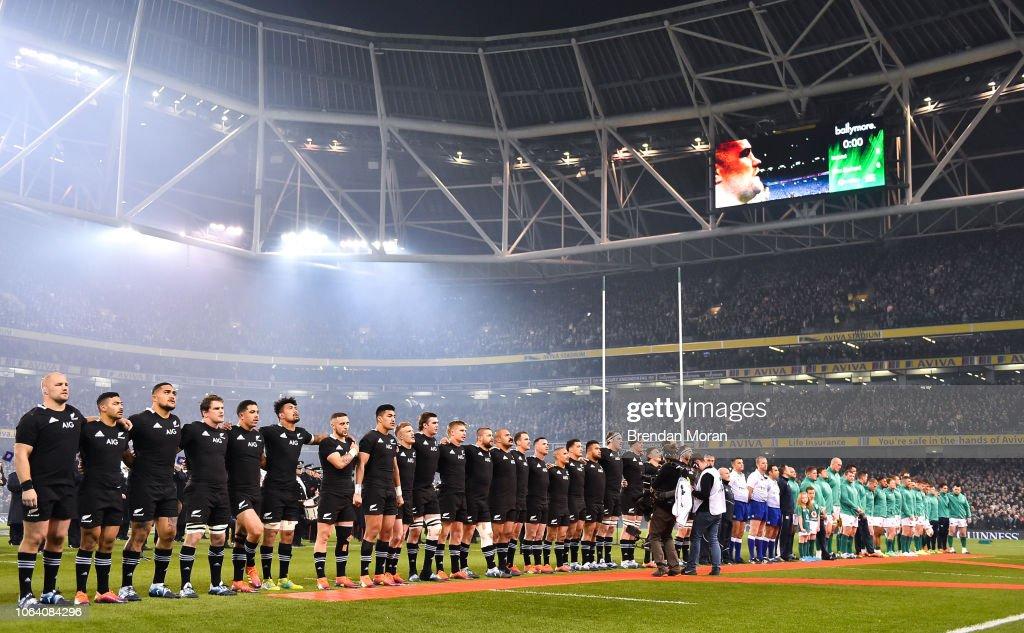Ireland v New Zealand - Guinness Series International : News Photo