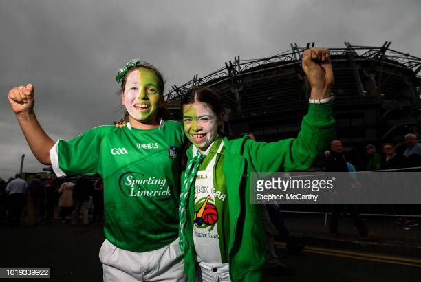 Dublin Ireland 19 August 2018 Limerick supporters Eimear Wallace age 12 left and Kate Murphy age 11 from Adare Co Limerick prior to the GAA Hurling...