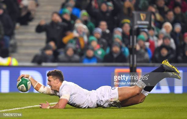 Dublin , Ireland - 2 February 2019; Henry Slade of England dives over to score his side's fourth try during the Guinness Six Nations Rugby...
