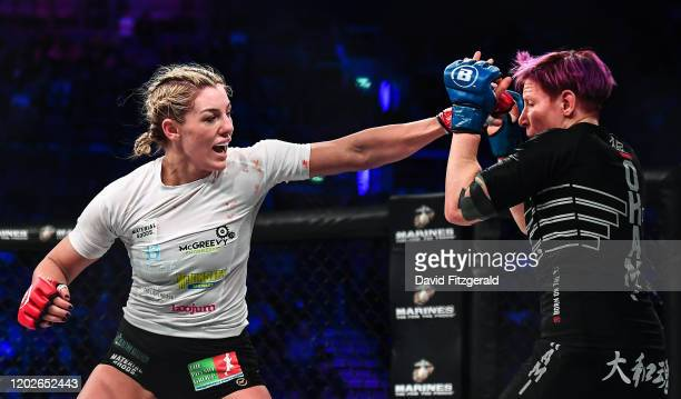 Dublin , Ireland - 22 February 2020; Leah McCourt, left, and Judith Ruis during their women's featherweight bout at Bellator Dublin in the 3 Arena,...