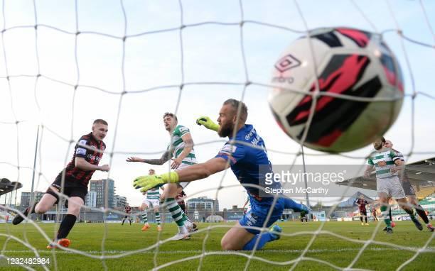 Dublin , Ireland - 23 April 2021; Ross Tierney of Bohemians heads to score his side's first goal during the SSE Airtricity League Premier Division...