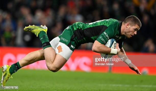 Dublin , Ireland - 23 October 2021; Diarmuid Kilgallen of Connacht scores his side's fourth try during the United Rugby Championship match between...