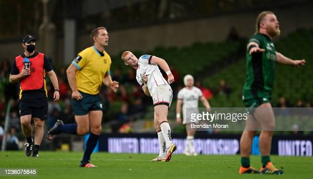 Dublin , Ireland - 23 October 2021; Nathan Doak of Ulster watches as a penalty of his goes wide during the United Rugby Championship match between...