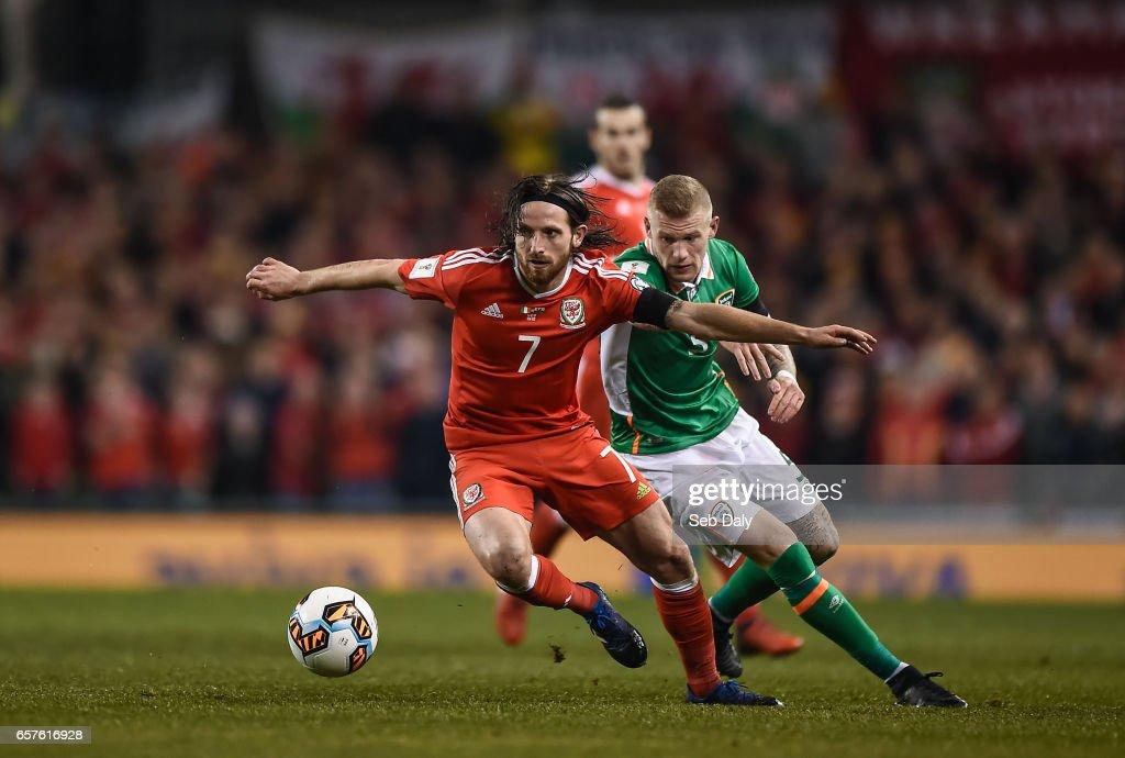 Republic of Ireland v Wales - FIFA World Cup Qualifier Group D : Nachrichtenfoto