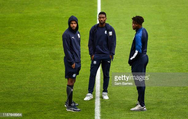 Dublin Ireland 25 July 2019 Apollon Limassol players walk the pitch ahead of the UEFA Europa League 2nd Qualifying Round 1st Leg match between...