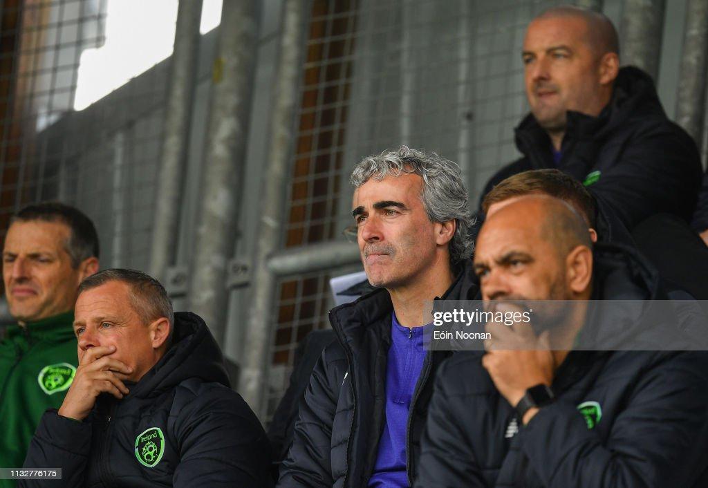 Republic of Ireland v Finland - U17 International Friendly : Fotografia de notícias