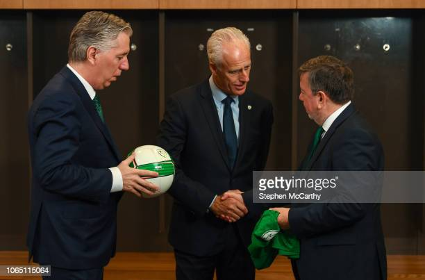 Dublin Ireland 25 November 2018 Newly appointed Republic of Ireland manager Mick McCarthy centre with FAI Chief Executive John Delaney left and FAI...