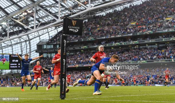 Dublin Ireland 26 May 2018 Jordan Larmour of Leinster scores his side's fourth try during the Guinness PRO14 Final between Leinster and Scarlets at...